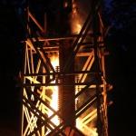 2015. gada Kandavas novada svētki. Mākslinieka Andra Millera veidotā ugunsskulptūra.
