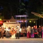 """2015. gada Kandavas novada svētki. Muzikālā mistērija """"Piederība"""" (J.Lūsēns, M.Laukmane, Z.Začeste)."""