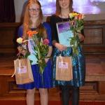 ( no labās) Sāra Dūniņa no Kandavas K.Mīlenbaha vidusskolas un Selīna Margarita Bogdanova no Kandavas internātvidusskolas