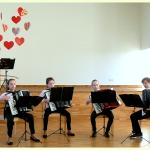 KMMS 2.-3.kl.akordeonu ansamblis-Marta Bože, Elīna Karole, Edīte Matisone, Mārcis Brikovs /ped.D.Zariņa/