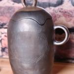 Trauks tējām. Pods. Podiņš.Svēpētā keramika, slāpētā keramika, melnā keramika, roku darbs, hand made, craftman, ceramica, food fired, Latvia, Kandavas keramikas ceplis