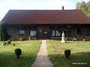 Tēlnieka Voldemāra Jākobsona memoriālā māja